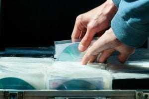 Juiz absolve acusado de violação de direito autoral | Juristas