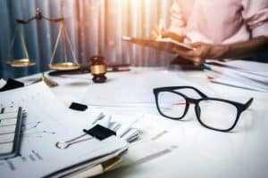 Assessor de agência de fomento não obtém vínculo de emprego com o Estado do RJ | Juristas