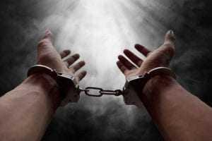 Acusados de vários assaltos cumprirão penas que chegam a mais de 18 anos de prisão | Juristas
