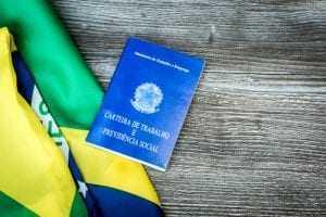 Hospital de São Paulo é condenado a assinar carteira de médico plantonista | Juristas