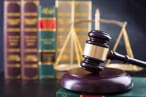 TRF1 concede liberdade provisória à paciente envolvido na Operação Rêmora com aumento do valor da fiança | Juristas