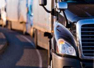 Negado vínculo de emprego a dono de caminhão que pretendia ser reconhecido como motorista empregado | Juristas