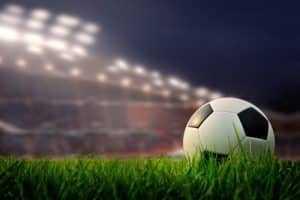 Técnico de futebol de time da Série C incorpora ao salário valor pago como direito de imagem | Juristas