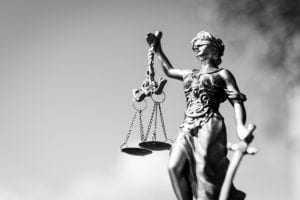 Denúncia vazia contra casa de repouso no Vale do Itajaí resulta em danos morais | Juristas