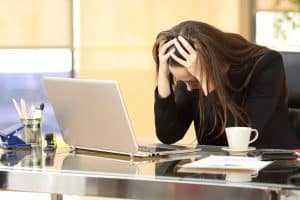 Empresa é obrigada a converter demissão   Juristas
