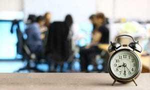 Mantidas horas extras para trabalhador que atuava externamente, mas com controle de jornada pela  empresa | Juristas