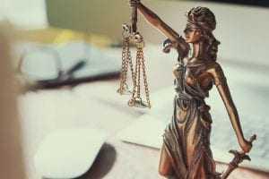 Cammar Promoções e Turismo é condenada a indenizar fotógrafo em R$2.000,00 por danos morais   Juristas