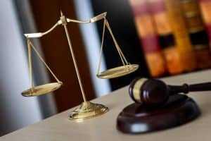 Diretor executivo tem vínculo de emprego declarado nulo | Juristas