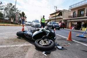 Autoescola bancará prejuízo de aprendiz de moto que sofreu acidente em aula prática   Juristas