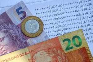 Ex-gerente de banco é condenado por fraudar operações financeiras e subtrair mais de cem mil 1