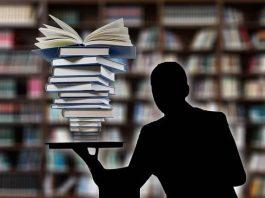 Aluno reprovado em disciplina do último semestre de curso online não tem que aguardar o ano seguinte para regularizar situação