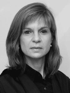 Vivian Josete Pantaleão Caminha