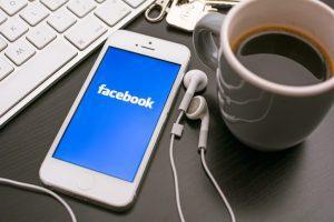 Facebook no smartphone