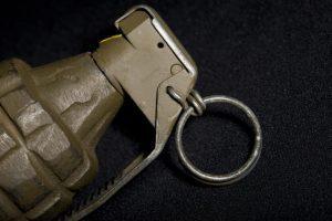 Militar acidentado com granada