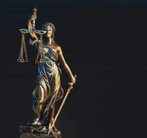 Juízes condenados