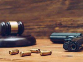juiz - audiência armado