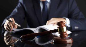 advogados no polo passivo
