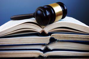 Escritor será indenizado por publicação não autorizada de capítulo em livro de Leandro Karnal | Juristas