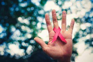 Transmissão proposital de HIV justifica dano moral