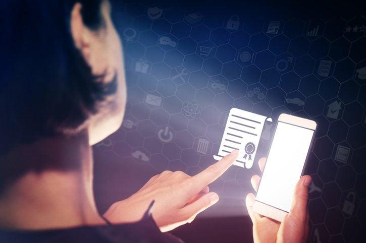 O que é Certificado Digital? - Créditos: SvetaZi / iStock