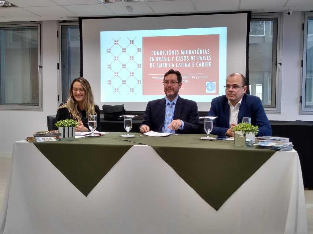 Decreto que regulamentou a lei de migração não foi bem discutido, dizem advogados | Juristas