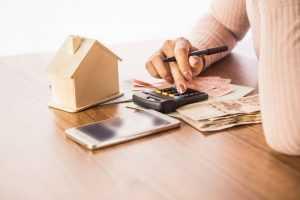 Filha que não mora com requerente de BPC não entra no cálculo da renda familiar