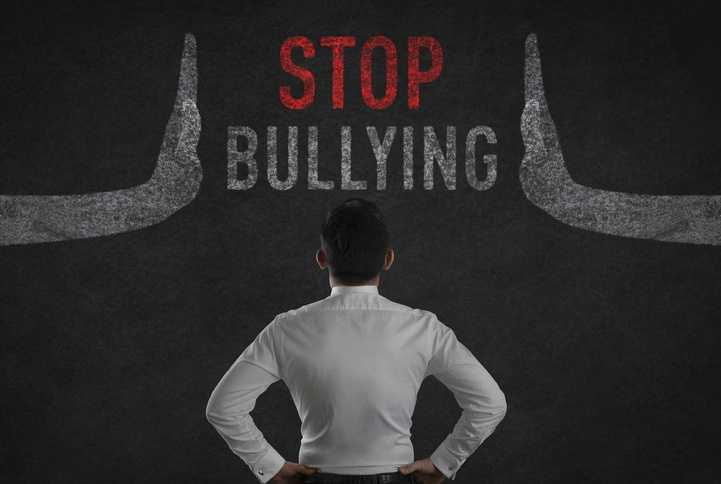 Stop Bullying - Torura - Prisão