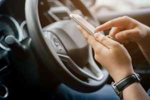 Uber indenizará passageiros após motorista levar pertences