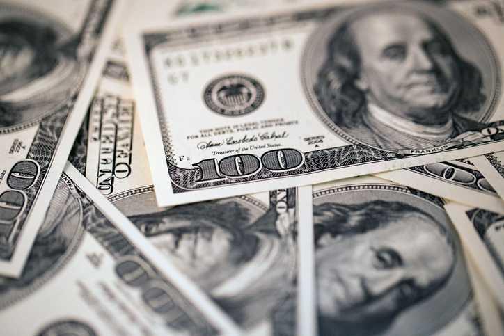 Dólares Americanos - Lavagem de dinheiro