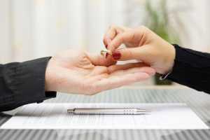 Mulheres são as que mais pedem divórcio no Brasil | Juristas