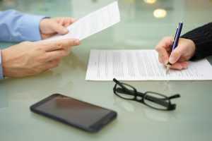 Empreendedorismo: é preciso cuidado com os contratos bancários | Juristas