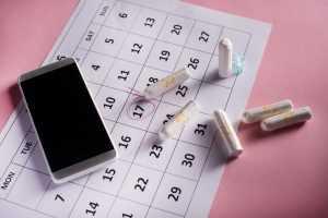 Facebook tem informações confidenciais sobre mulheres devido a apps de ciclo menstrual | Juristas