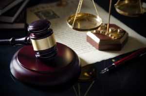 Concessão do reajuste de 13,23% a servidores públicos federais por decisão judicial é impossível