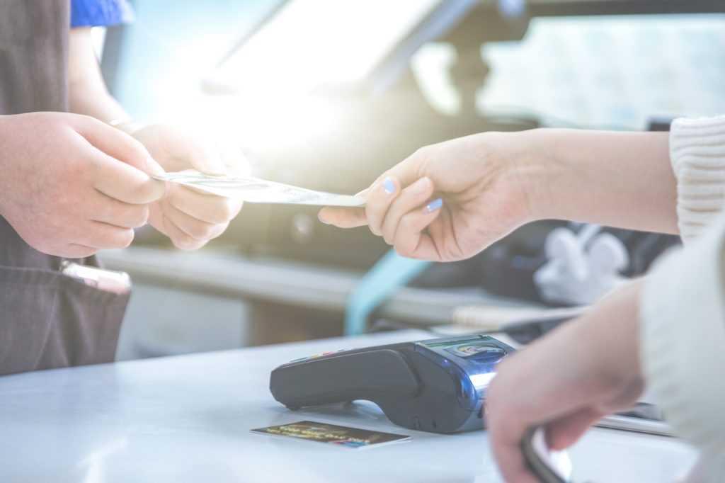 Serasa é multado pelo Procon-SP por incluir nome de consumidor sem aviso prévio | Juristas