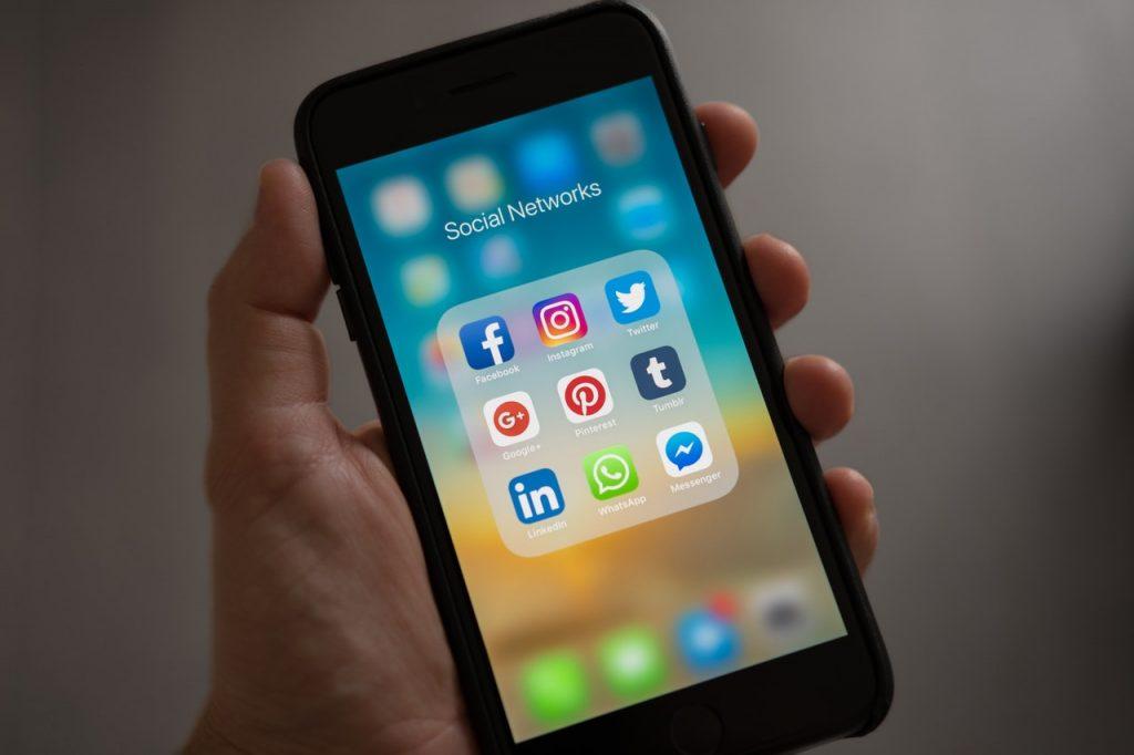 Rede Social Linkedin para Advogados